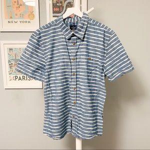 American Eagle Pattern Chambray Short Sleeve Shirt